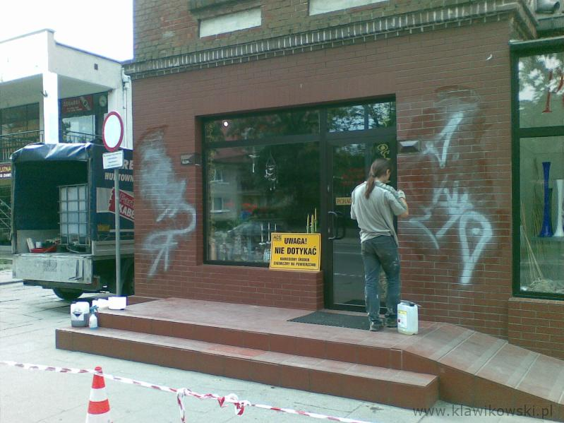 Usuwanie graffiti 4-1